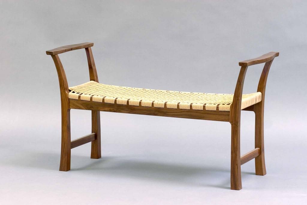 yu bench
