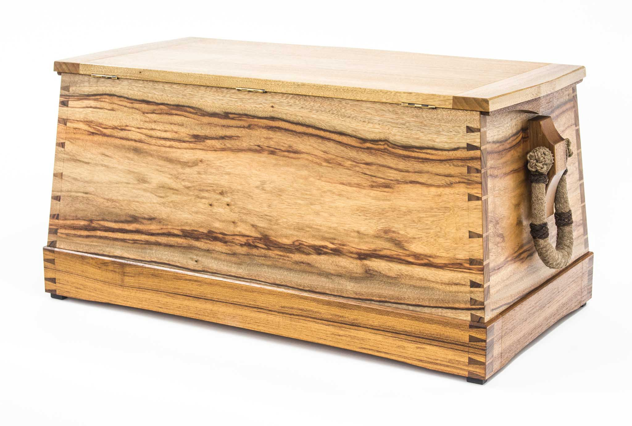 camphor sea chest