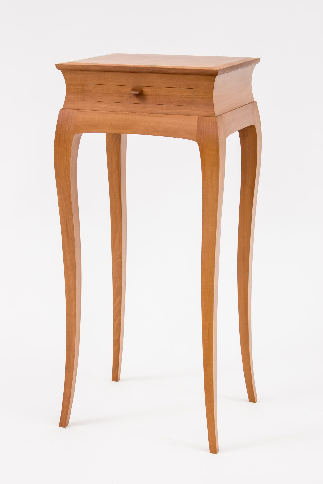 Scarabino-Pear-Table-3
