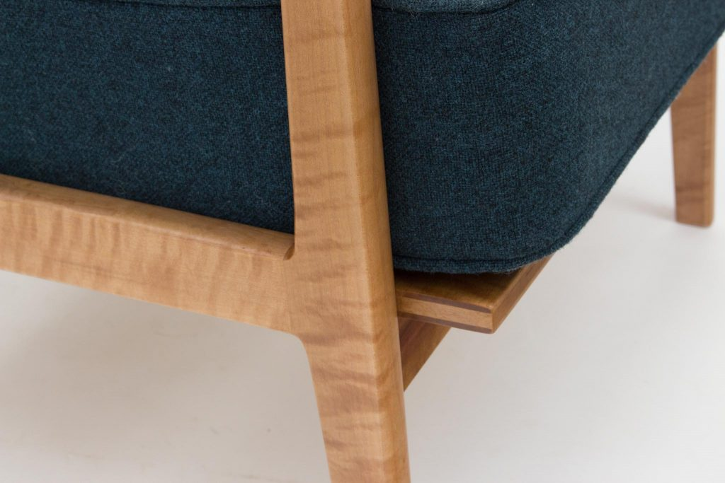 madrone lounge chair