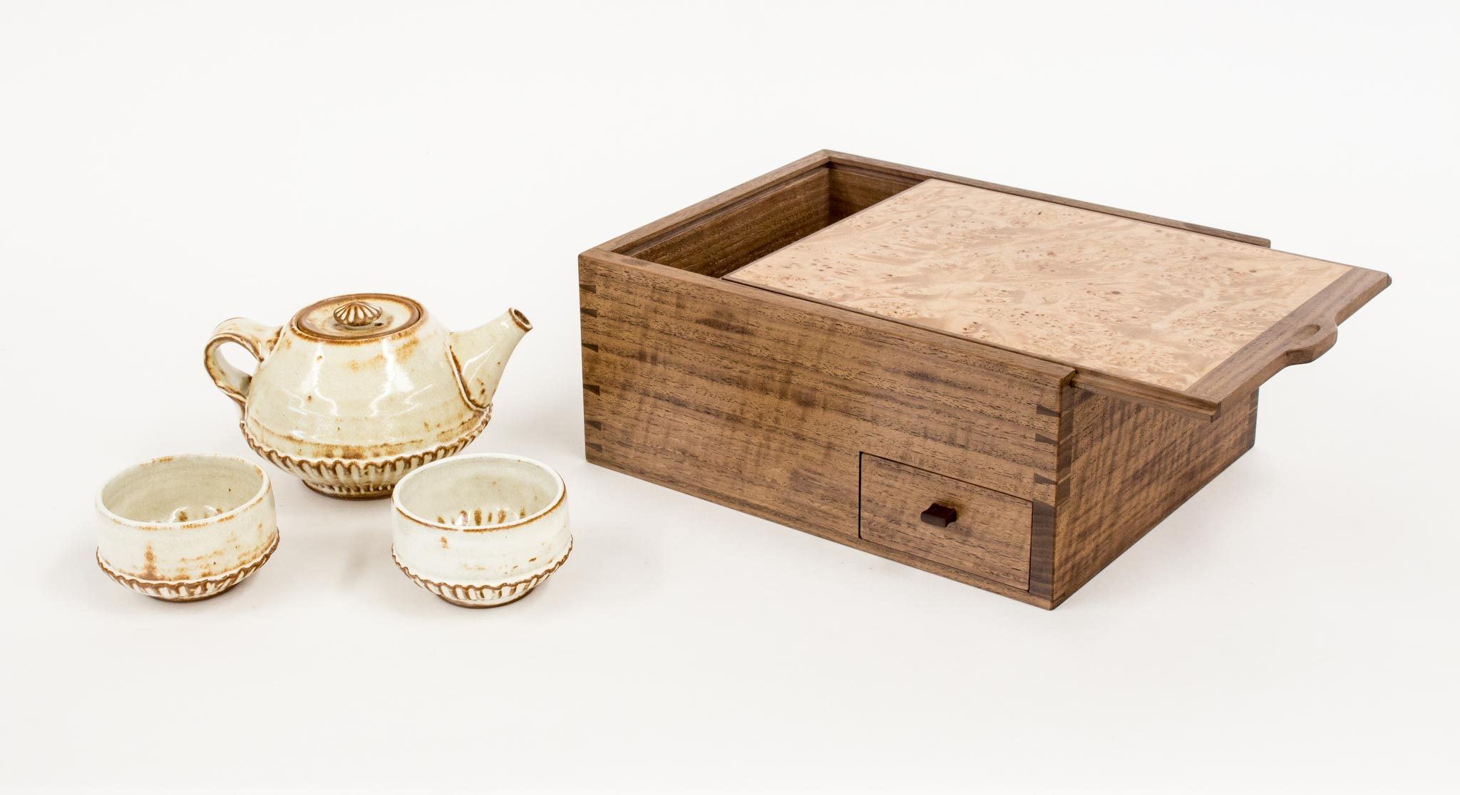walnut dovetail tea box