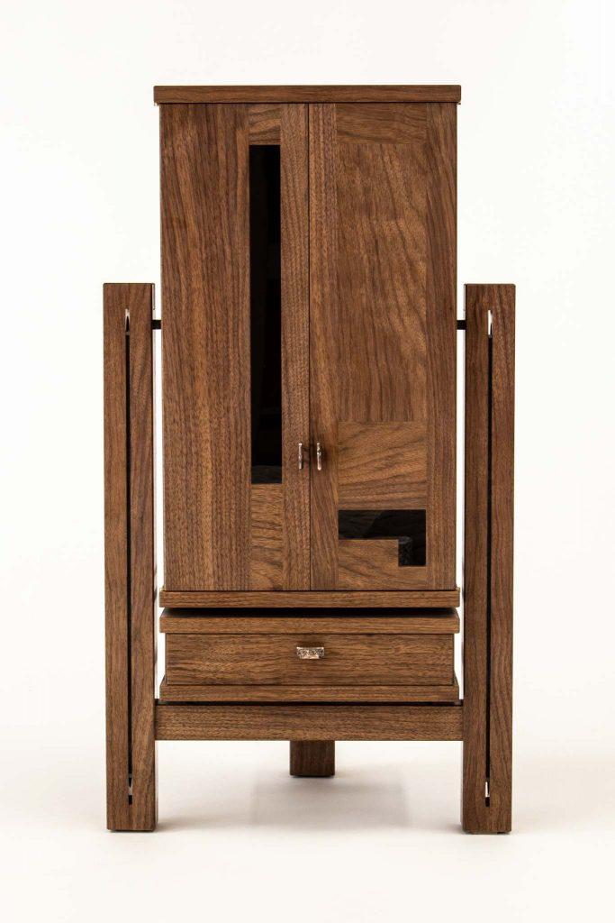 Delacerda Walnut Floor cab