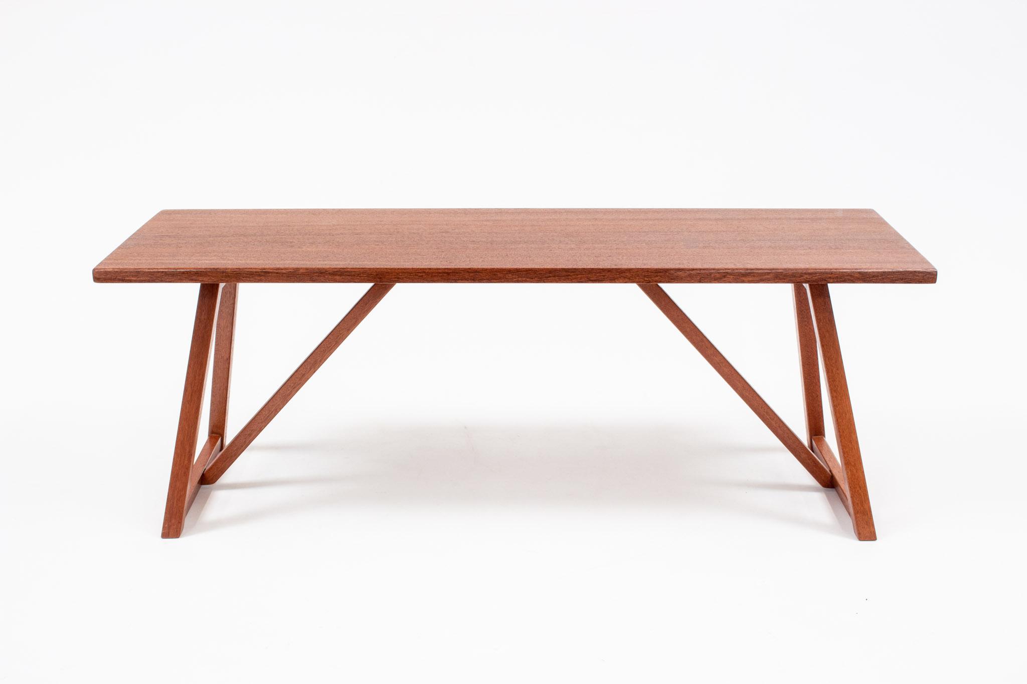 Daly jatoba bench