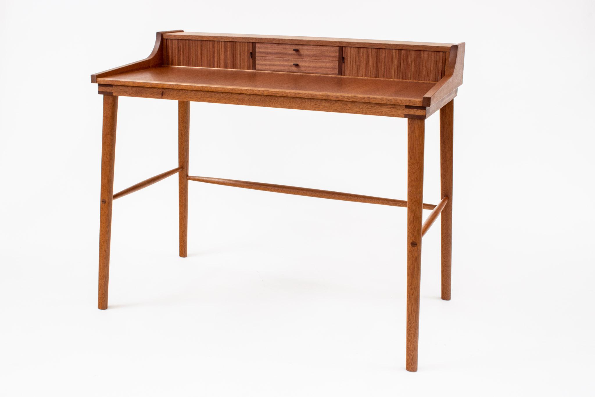 Jurden mahog desk
