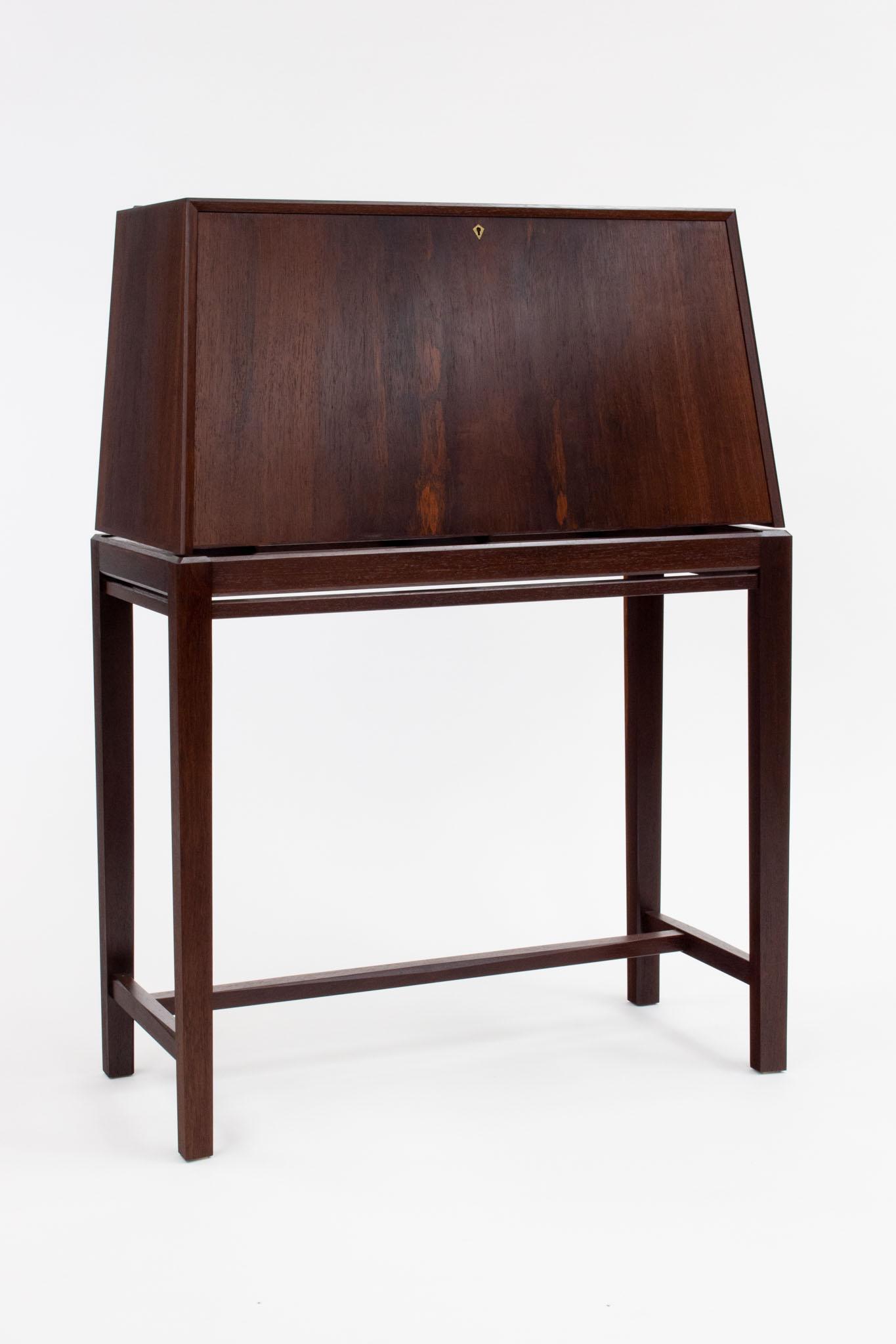 Nelson rosewood desk