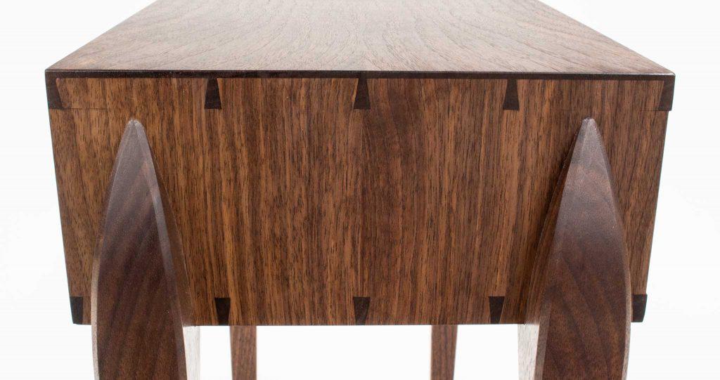 Schatz walnut table